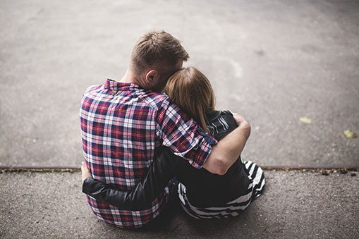 Pri psychických problémoch je dôležité byť pre blízkeho človeka podporou. │ Ako pomôcť? - Ivana Medveďová, terapeutka Cesty